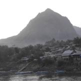 A moody Nong Khiaw morning