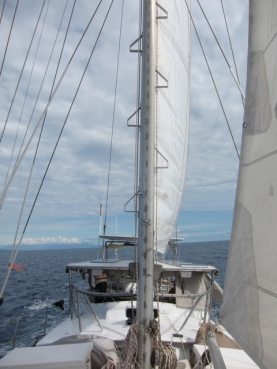 Main sail goes up